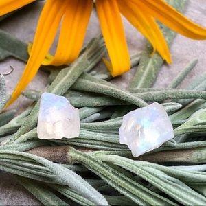 🖤Host Pick🖤 Raw Moonstone Gemstone Stud Earrings